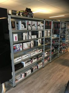 Legbordstelling magazijnstellingen.nl grote staande producten Xafi Kappers Appingedam